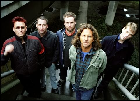 Pearl Jam Reveal Tracklisting For Upcoming 'Backspacer' Album