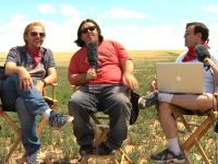 Simon Pegg and Nick Frost Answer Fan Questions In 'Three Chairs on a Prairie' Video Blog