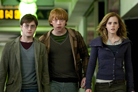 'Harry Potter and the Deathly Hallows' Trailer Unleashed!