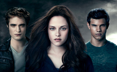 Bite Me: A Twi-Hard's Review of 'The Twilight Saga: Eclipse'
