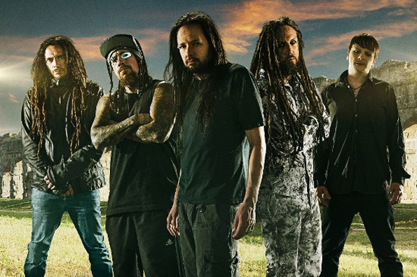 korn unleash video for never never from new album 39 the paradigm shift 39 icon vs icon. Black Bedroom Furniture Sets. Home Design Ideas