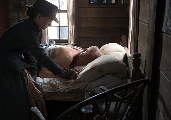 Natalie Portman and Noah Emmerich in 'Jane Got A Gun'