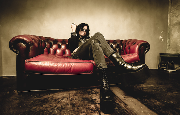 "Tom Keifer Releases Video For ""The Way Life Goes,"" Deluxe Edition of Acclaimed Solo Album Due October 20th!"